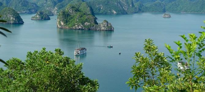 Ha Long Bucht – Bucht des untertauchenden Drachen