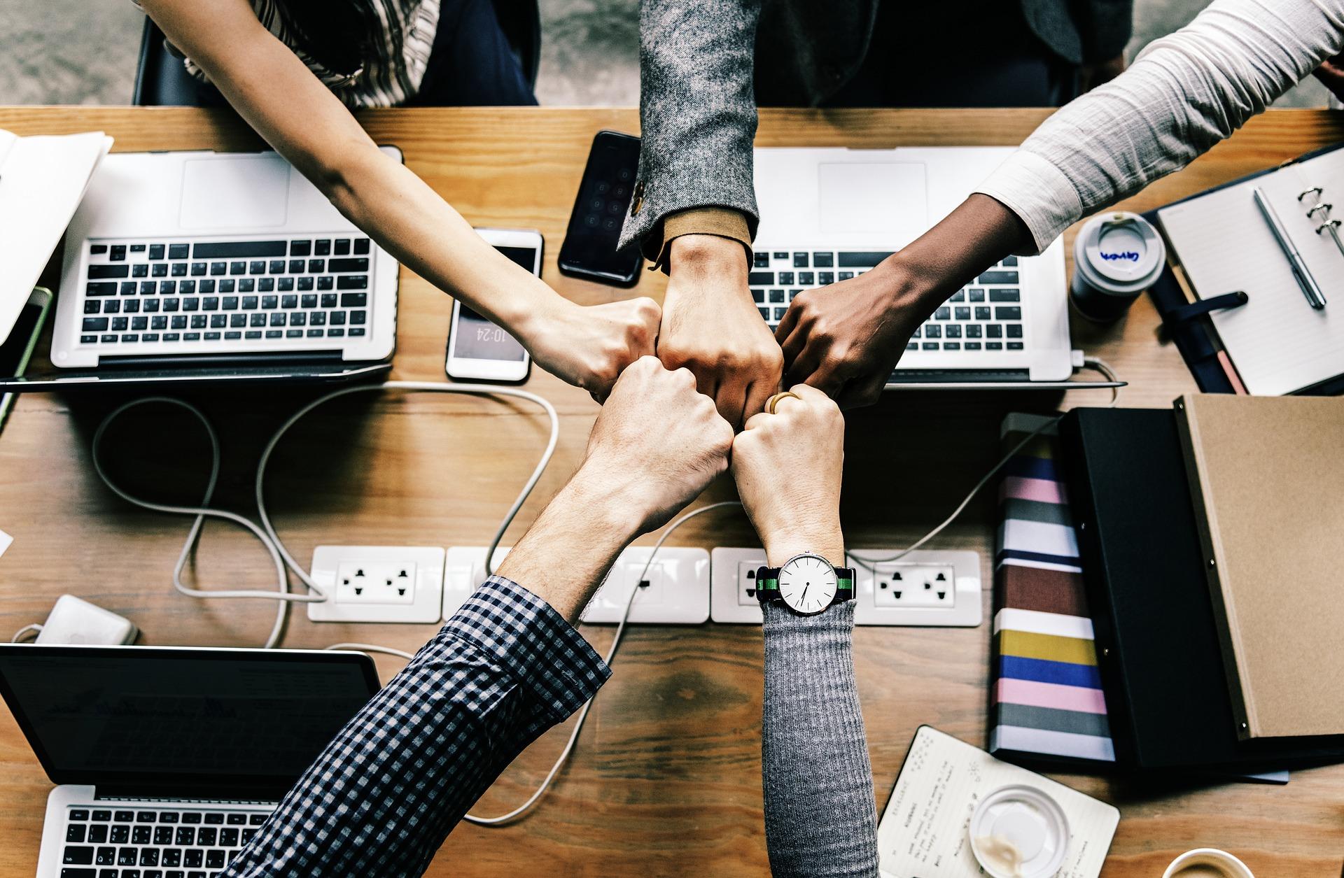 3 ideas sencillas para mejorar el día a día de tu equipo comercial