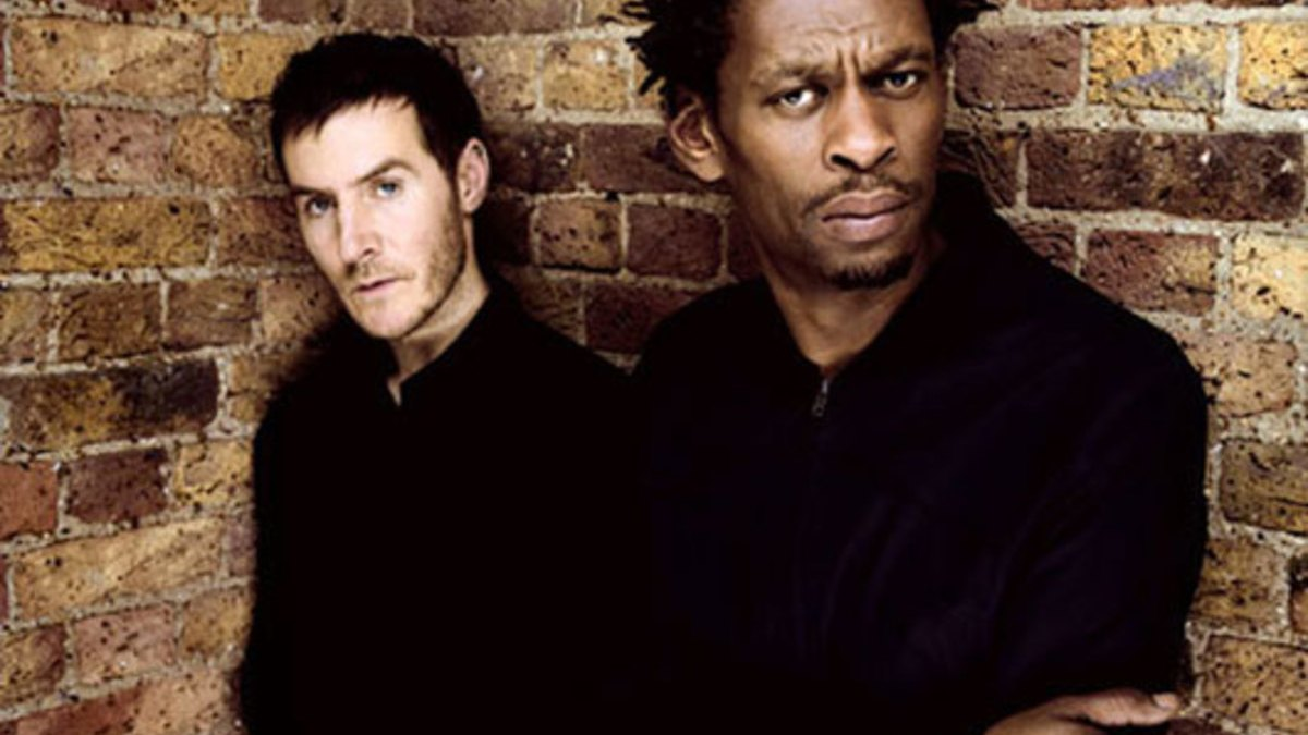 Music: Paradise Circus (Gui Boratto Remix) by Massive Attack