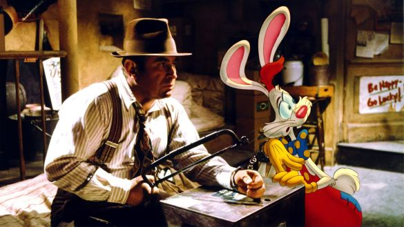 Bob Hoskins and Charles Fleischer in Who Framed Roger Rabbit