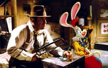 Bob Hoskins and Charles Fleischer in Who Framed Roger Rabbit