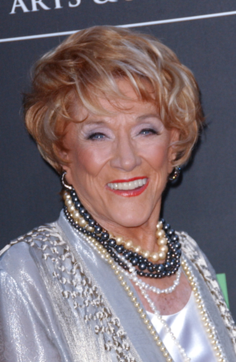 YampRs Jeanne Cooper Fields Questions About Frosty Past