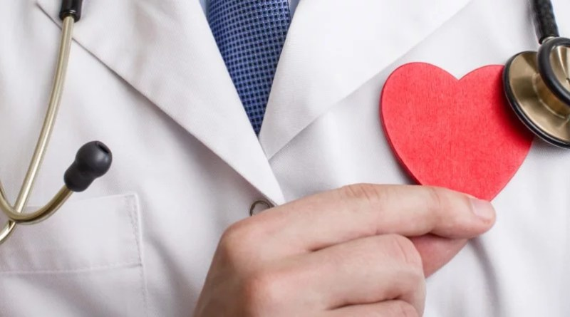 8 Reasons Why You Might Need  To Visit A Heart Specialist