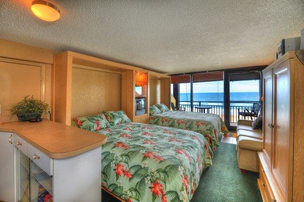 Hawaiian Inn DSC 4336 tonemapped