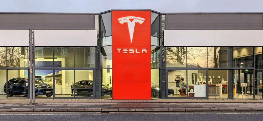 Tesla Тесла прибыль компании tesla kvartalnaja pribyl kompanii vpervye prevysila milliard dollarov 4f41d1a scaled Tesla Тесла: квартальная прибыль компании в первый раз превысила млрд долларов в 2021 году 2