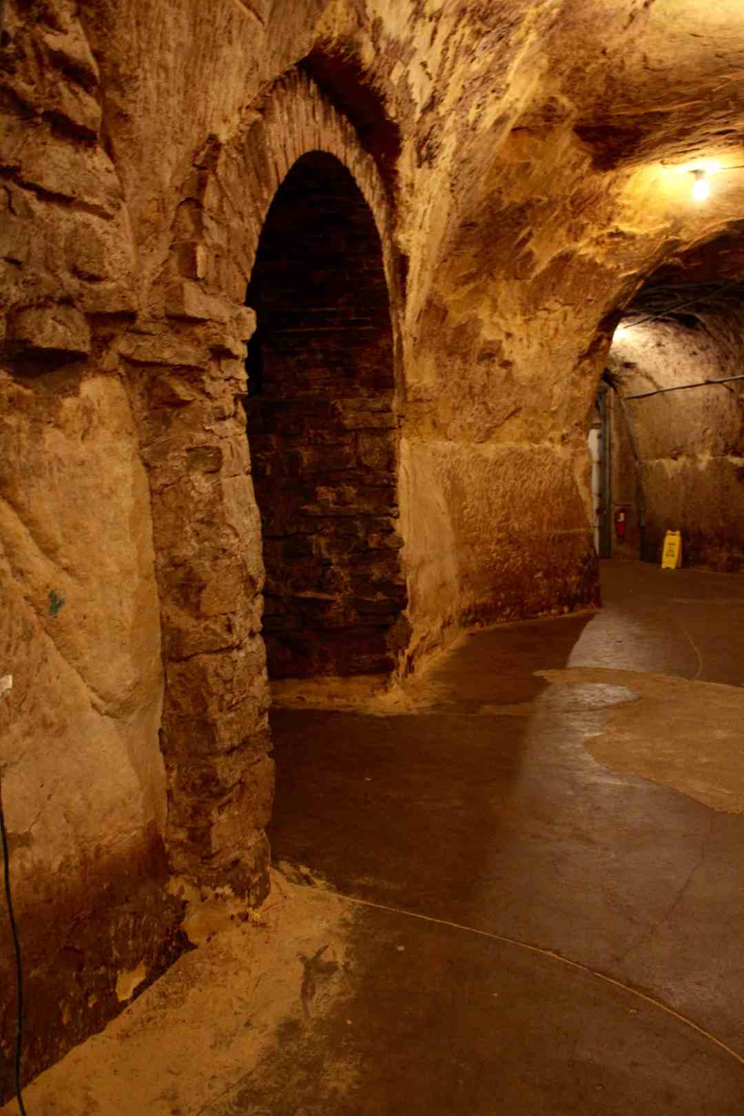 Haunted places in mn, the Hallways of Wabasha Street Caves