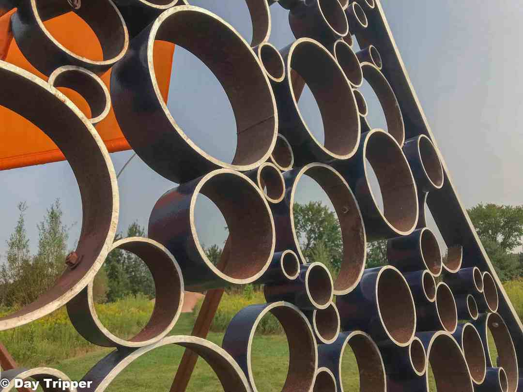 Closeup on artwork at sculpture garden