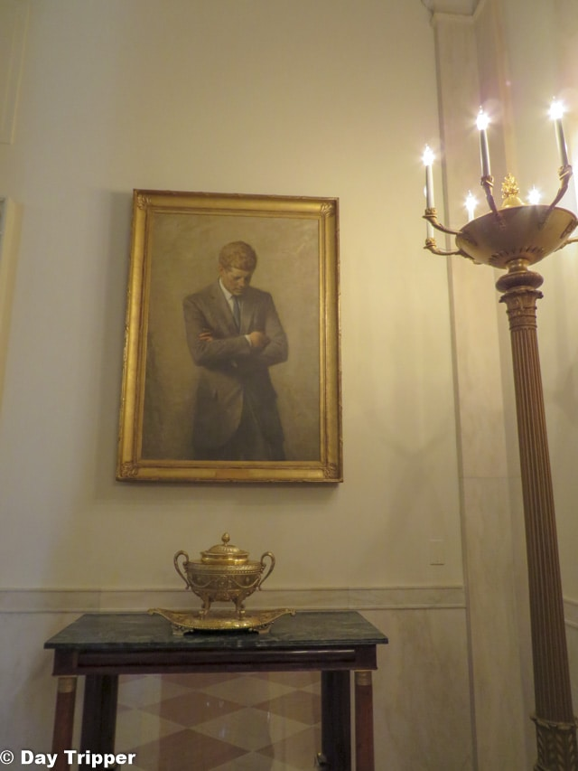 JFKs Portrait hanging in the white house