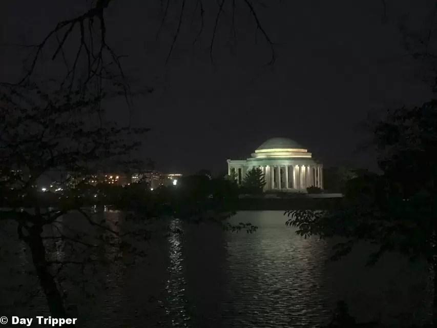 Jefferson Memorial Lake