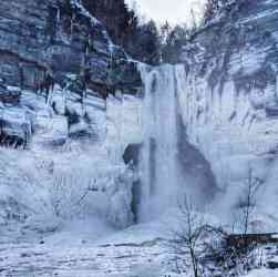 Taughannock Falls winter