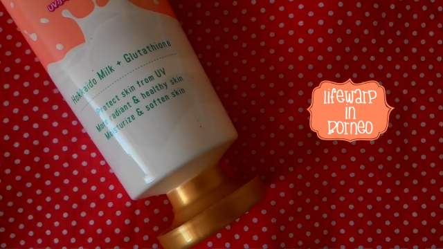 The serum comes in a 200ml squeezable plastic tube.