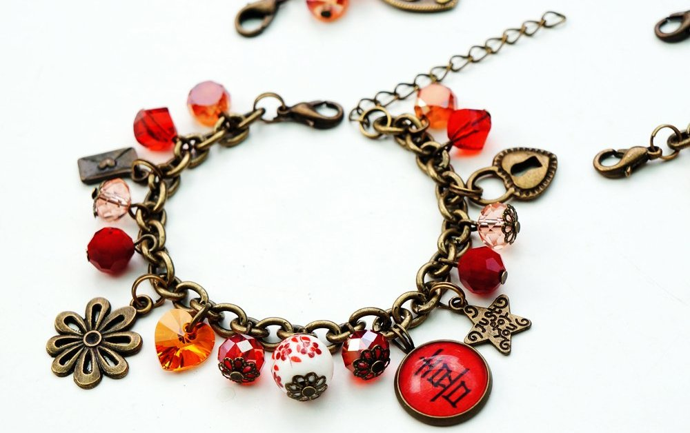 Shopping: Personalised Trinkets by Crafted By Mei