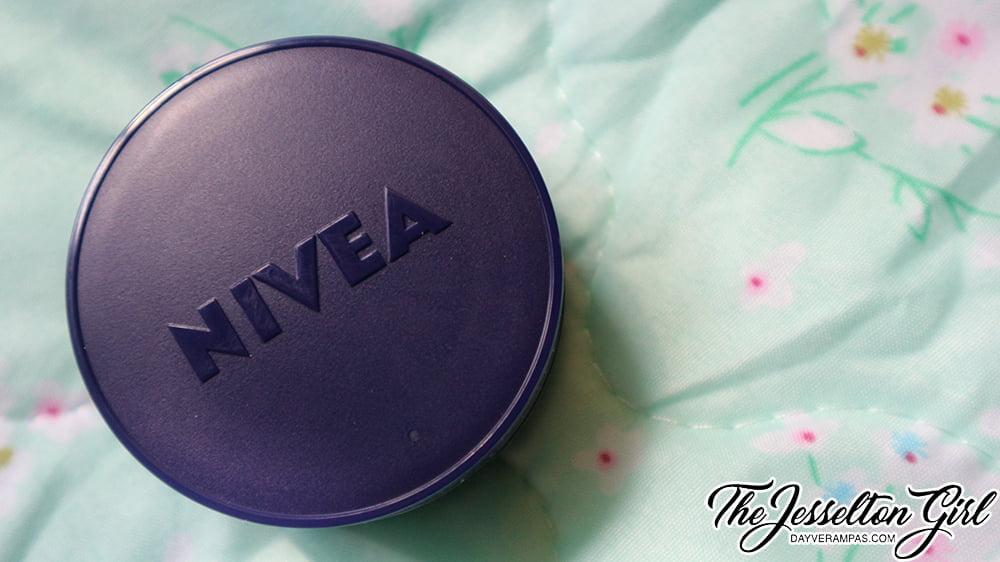NIVEA Extra White Pore Minimiser Night Cream