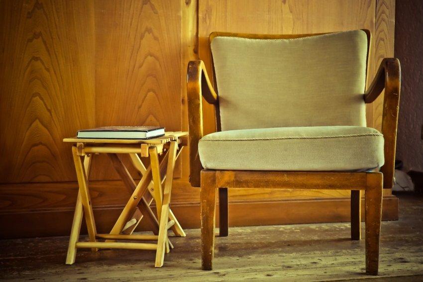 chair-1778706_1920