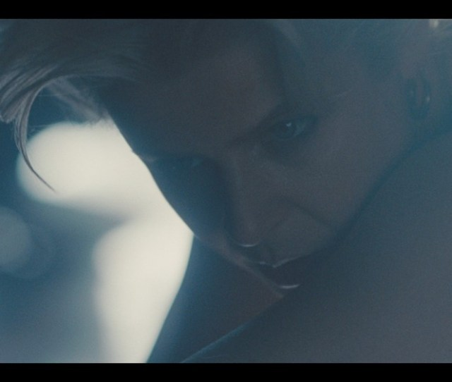 Watch Robyn Have A Sensual Dance Party In Her Honey Video
