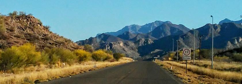 Border to La Paz Moutains