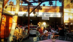 GReat burgers cooked on the front end of a truck that was turned into a grill. Just down the street from Marina de La Paz