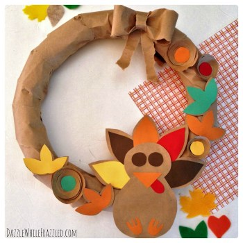 Turn a brown paper grocery bag into a Thanksgiving turkey wreath | Dazzle WhileFrazzled.com