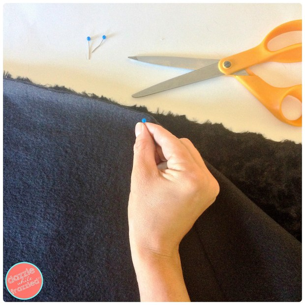 How to sew an easy faux fur wrap tutorial | DazzleWhileFrazzled.com