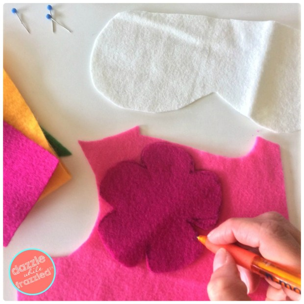 Use craft felt sheets to make an easy sew DIY sleep mask for a good night's beauty rest