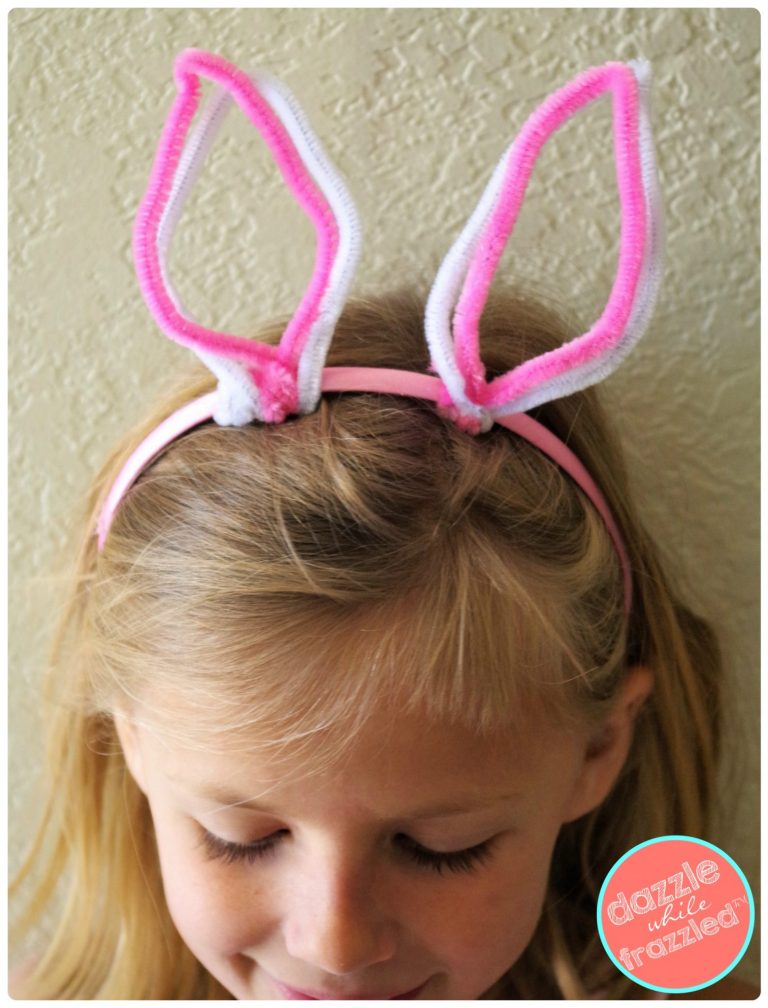 DIY cute pipe cleaner Easter bunny ears for kids to wear on Easter egg hunt