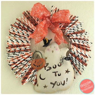How to make a fast but spooky cute Halloween ghost paper straw wreath.