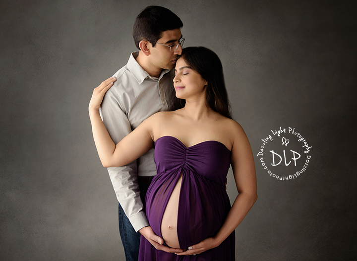 Studio Maternity Dazzling Light Photography