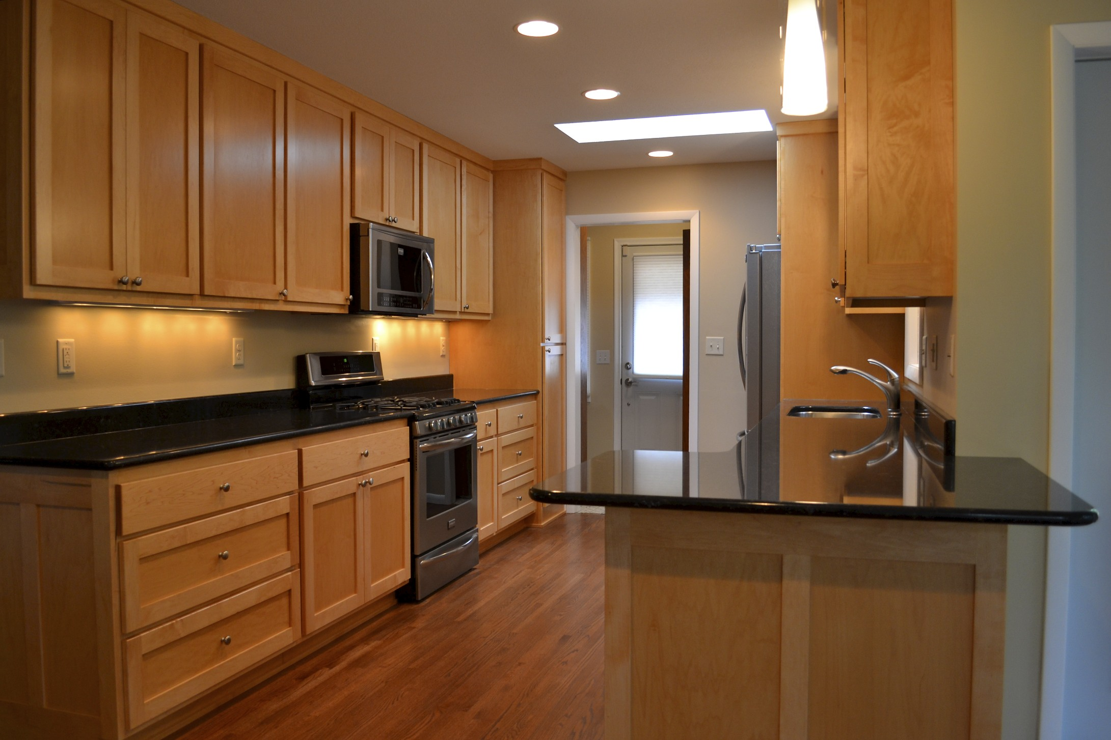 From Black to White   Kitchen Remodel   DBC Extreme Makeover on Black Countertops  id=45623
