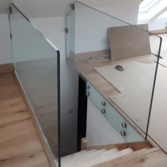 Architechtural Frameless Glass Balustrade Attic Stairs