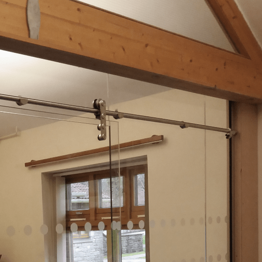 Glass Door and Partition Wood Beam Fitting