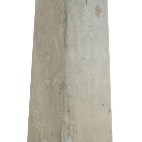 13009-Betonpoer-grijs- met-19066-bijpassende-hoogteverstelling-overkappingen