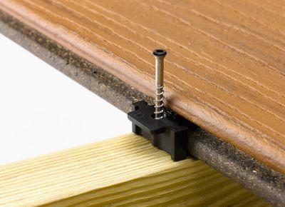 hideaway-universal-fastener-install-transcend-decking-4
