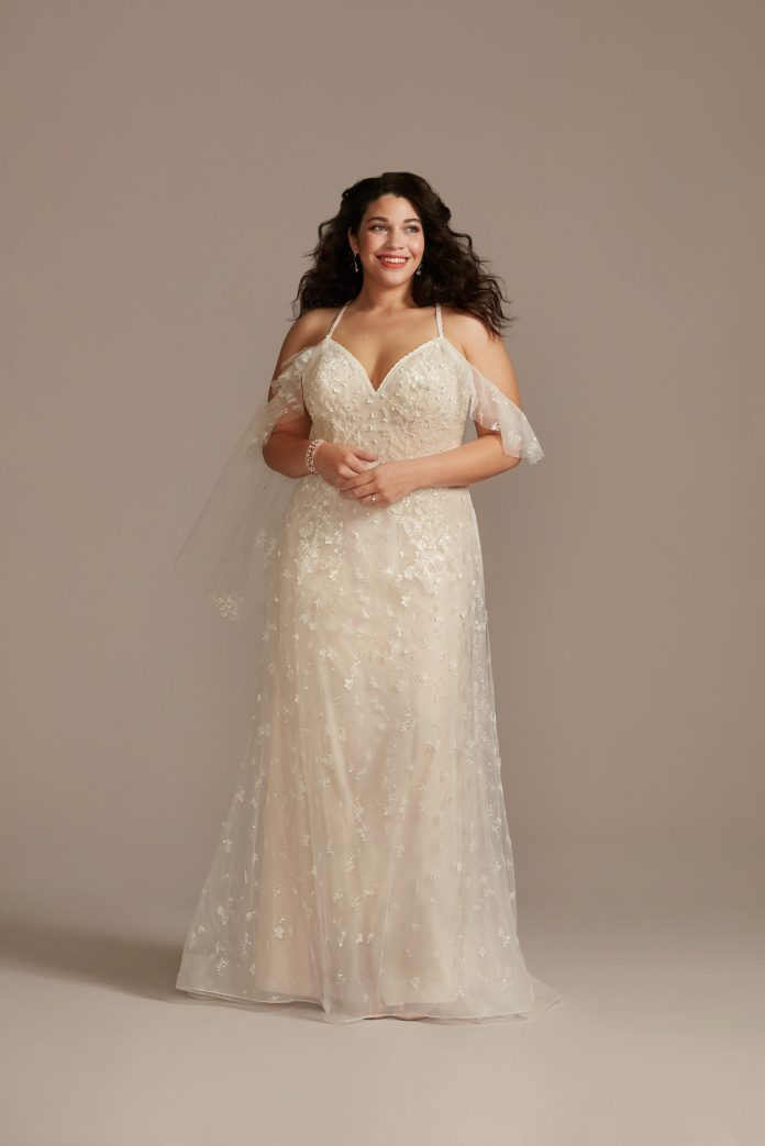 Bride Wears Ethereal Flutter Sleeves 3D Flowers Plus Size Wedding Dress