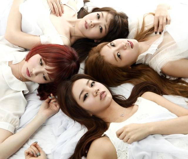 Girls Day  Ea B1 B8 Ec 8a A4 Eb 8d B0 Ec 9d B4