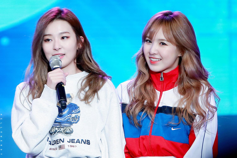 Seulgi Wendy Red Velvet
