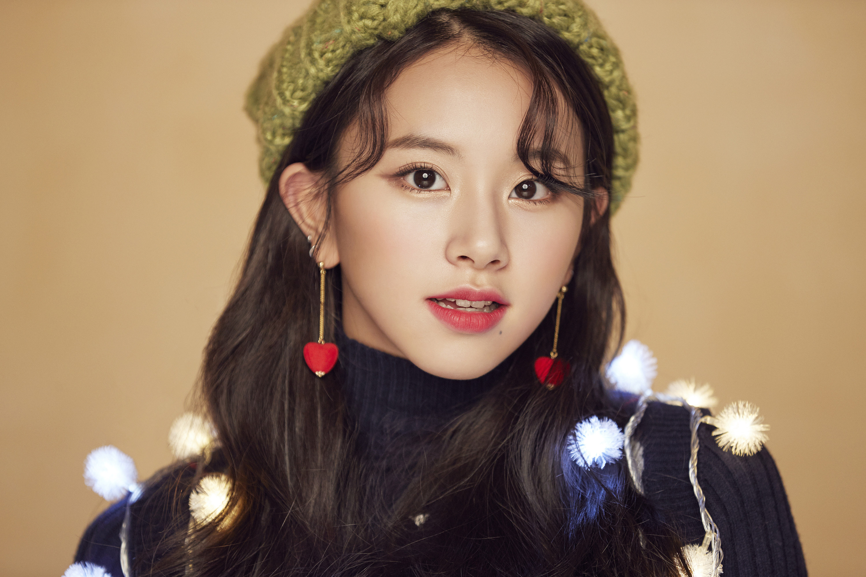 Chaeyoung Merry & Happy