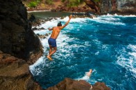 MAUI - cliff jumping at Red Sand Beach in Hana