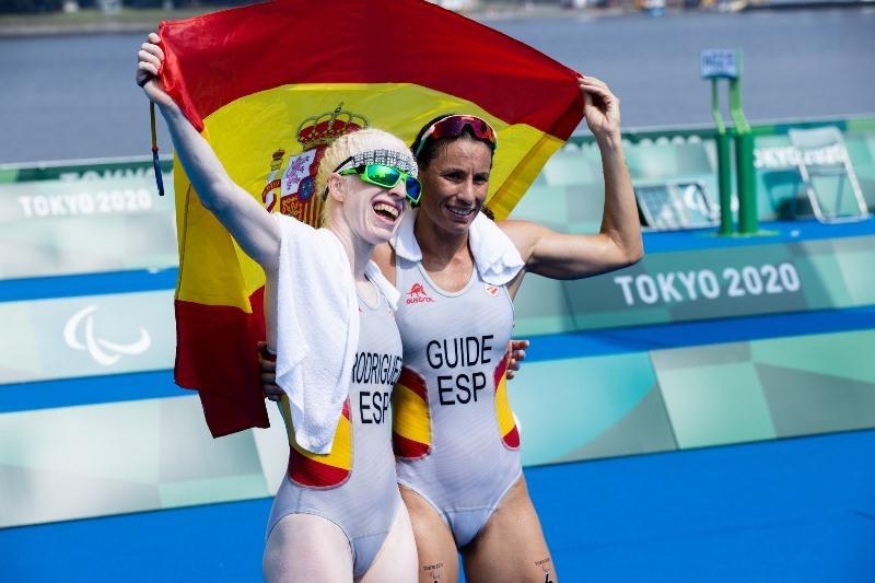 Susana Rodríguez y Sara Loehr