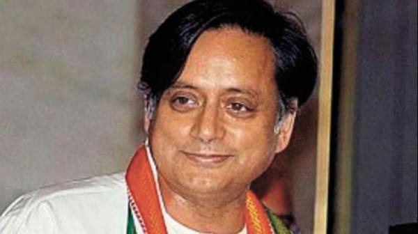 Tharoor meets Sonia, says Cong 'determined to move ahead'