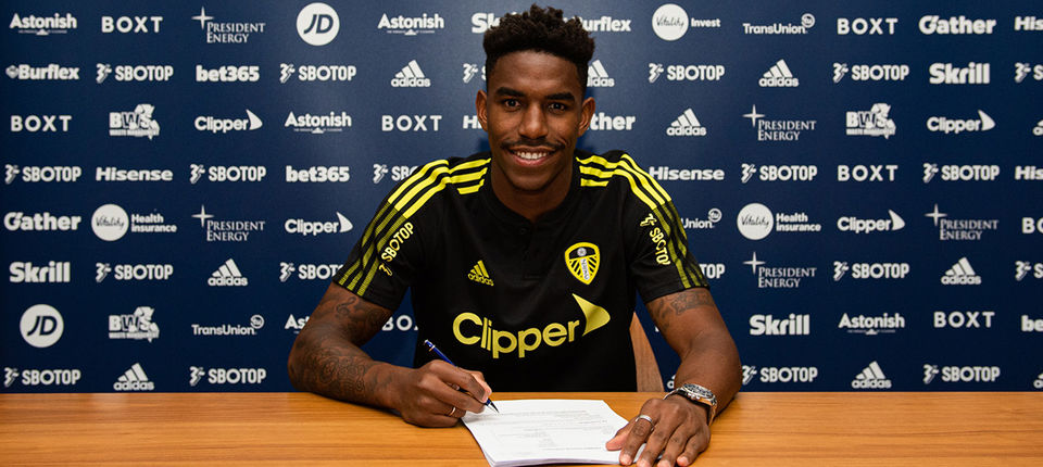 Junior Firpo moves to Leeds United from FC Barcelona - Leeds United