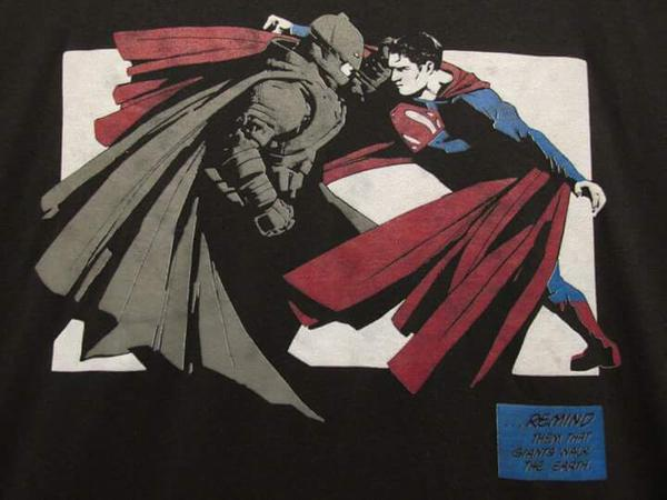 batman_v_superman_t-shirt