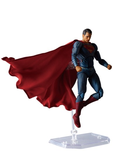 MAFEX-BvS-Superman-005