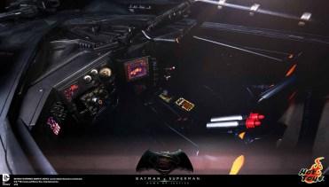 BVS_Hot_Toys_Batmobile_02