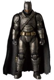 MAFEX_Armor_Batman_01