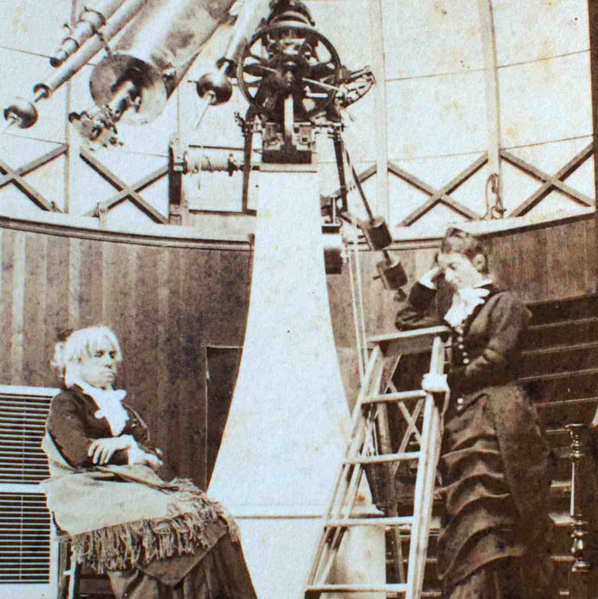 MITCHELL & WHITNEY ASTRONOMERS