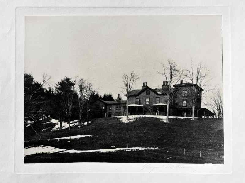 The Roosevelt home prior to FDR's 1915 renovation .