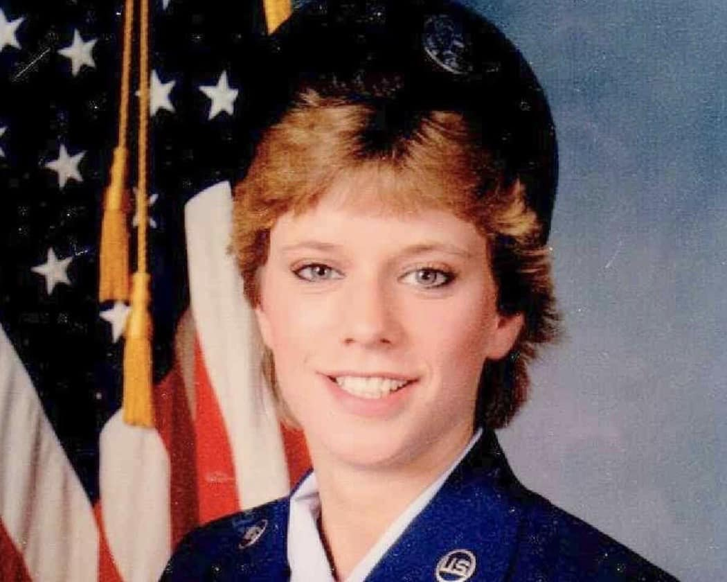 Julia Liu, Tivoli, SSgt. US Air Force 1986 to 1994, Desert Storm
