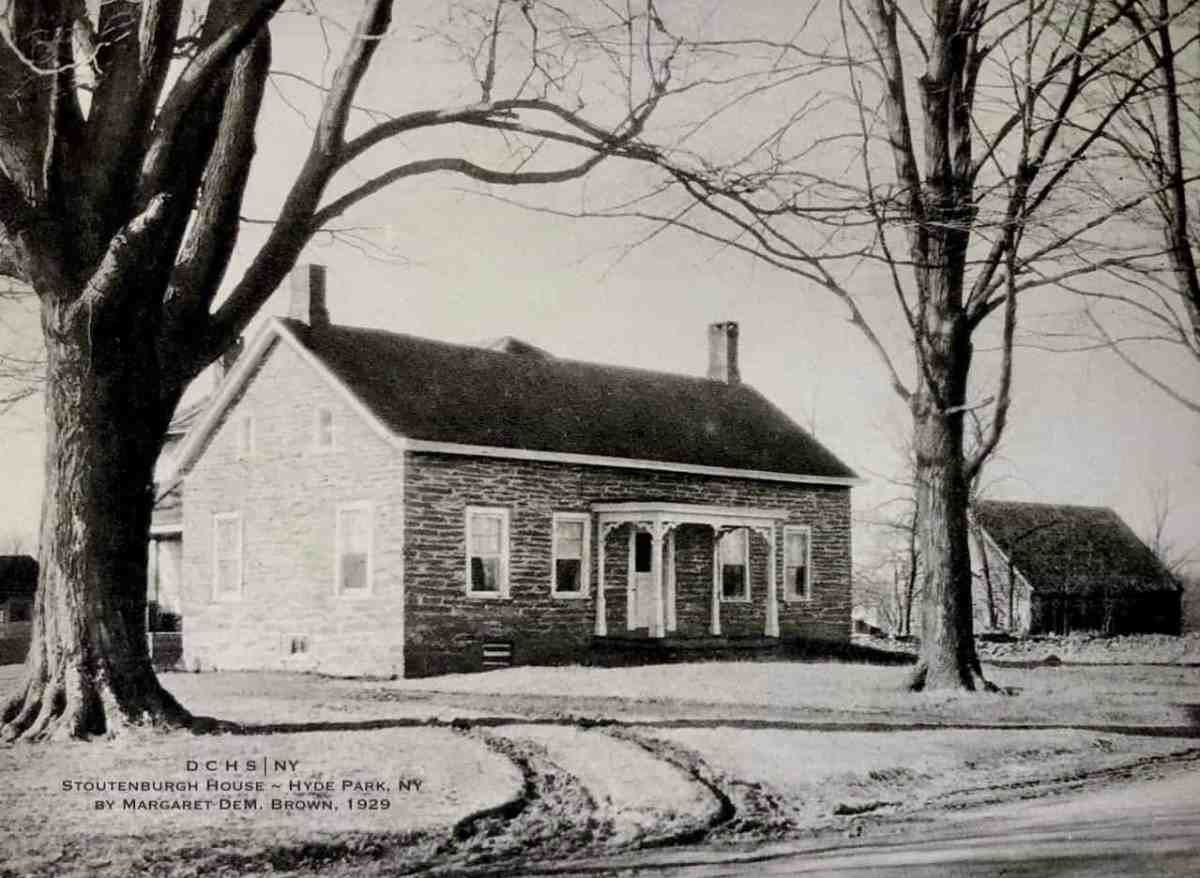 """From """"Dutch Houses in the Hudson Valley before 1776."""""""