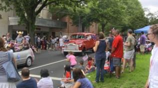 Cars at 4th of July Parade Palisades