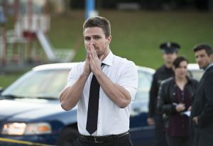 """Arrow -- """"Dark Waters"""" -- Image AR409A_0228b.jpg -- Pictured: Stephen Amell as Oliver Queen -- Photo: Diyah Pera/ The CW -- © 2015 The CW Network, LLC. All Rights Reserved."""